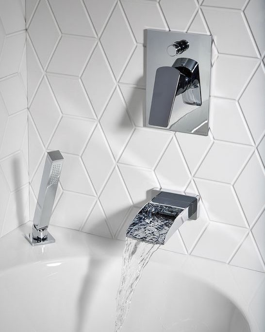 Wall Mixer with Diverter